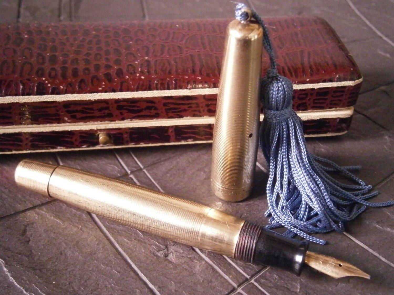 Fountain pen DOUBLE OR LAMINE 750 in gold 18 Karats Warrantel Original 1930s
