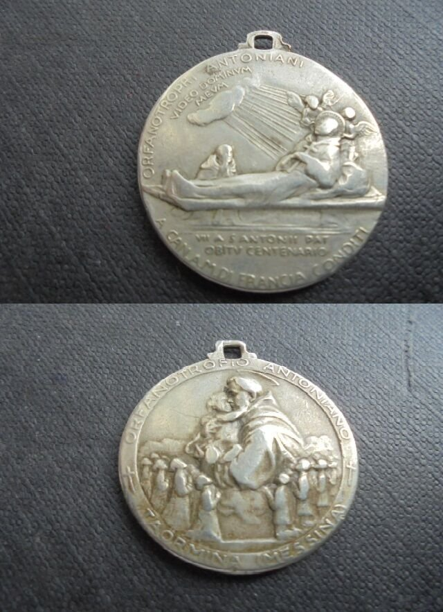 MEDAL of the ORPHANAGE Saint Anthony in TAORMINA Italy Original 1931