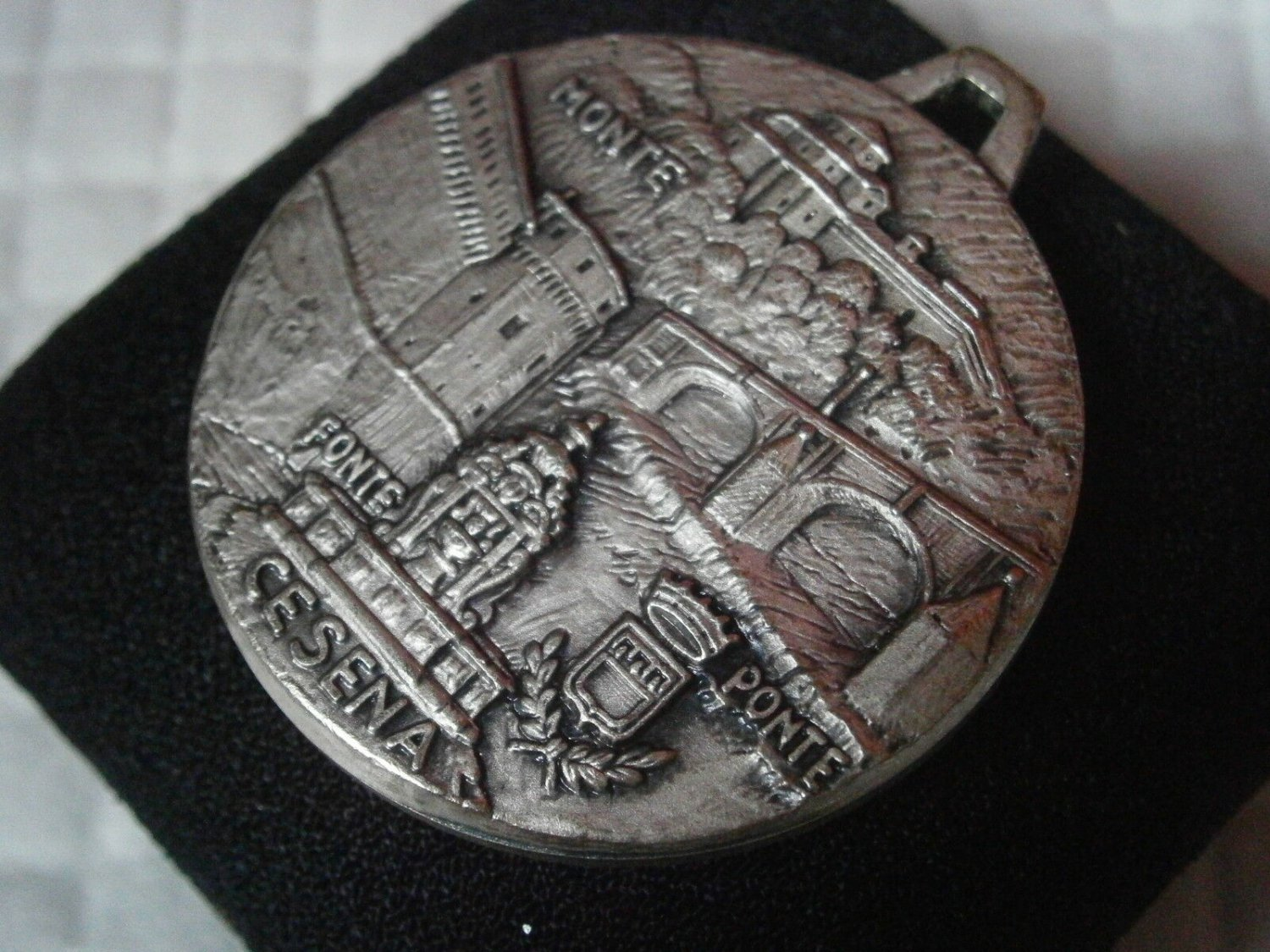 ORIGINAL MEDAL of the city of CESENA Italy 1960s in metal