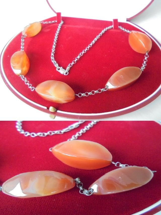 NECKLACE in sterling SILVER 925 and CARNELIAN stone Original in gift box