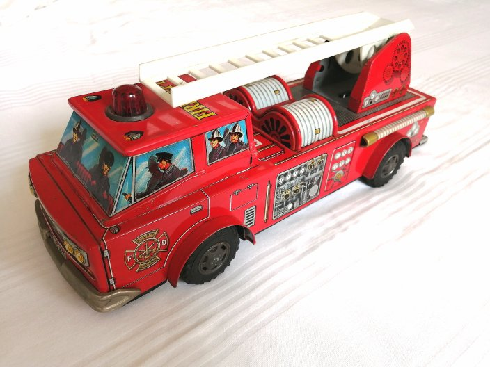 Firefighters fire truck Original SH ORIKAWA made in JAPAN battery tin toy 1960s