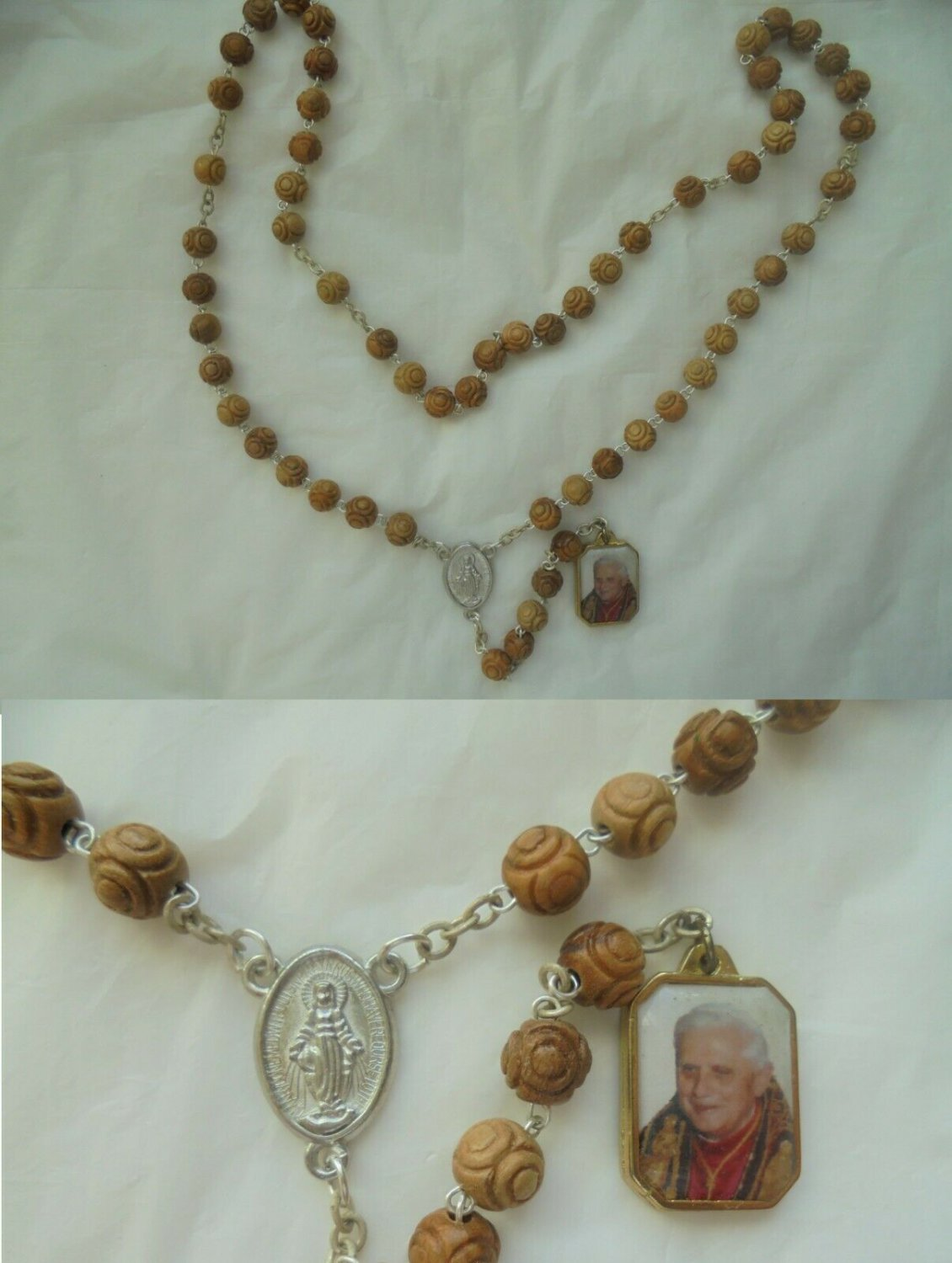 Praying ROSARY with beads in wood Pope Benedict XVI RATZINGER Original Year of the Faith 2012