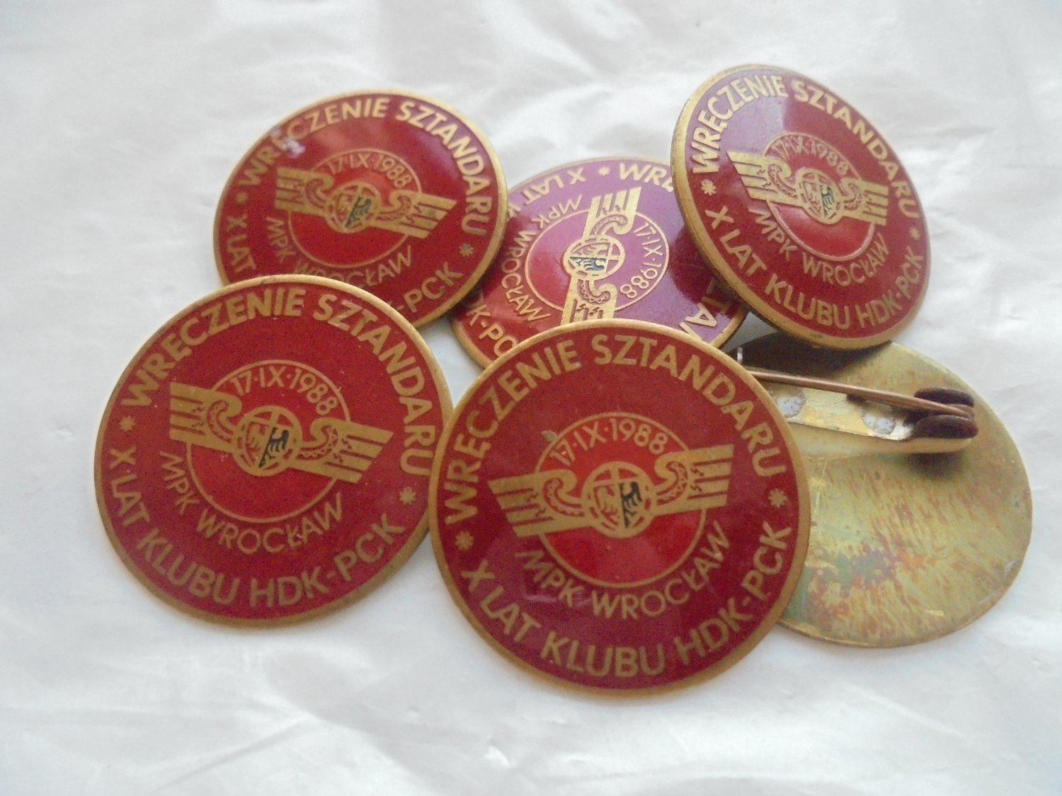 POLISH MILITARY PIN congress of 1988 Poland Original enameled in red color