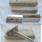 """SHAVING RAZOR model """"Z"""" made in Spain Original still in it's box 1950s"""