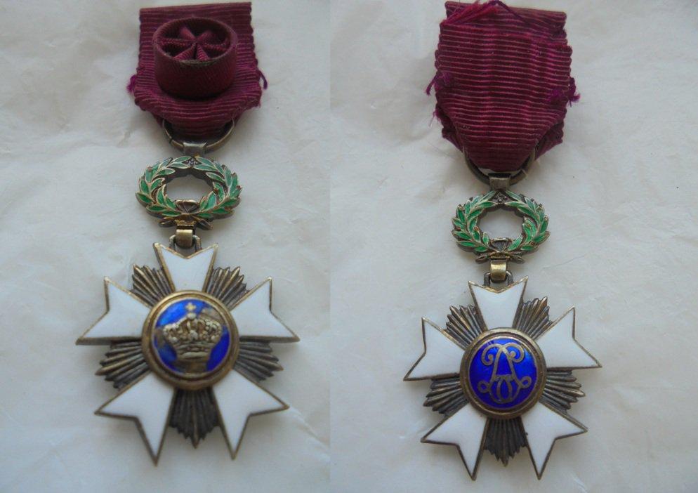 MILITARY PIN Malta cross in metal and lacquè Original