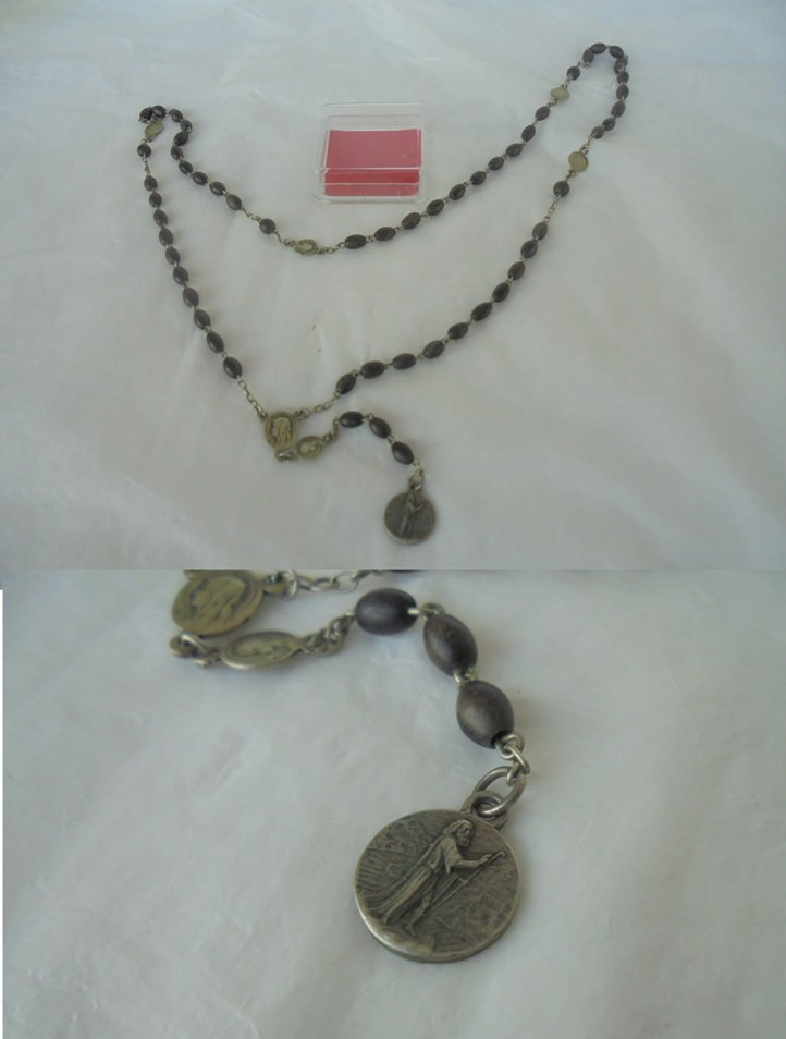 PRAYING ROSARY for convent beads in wood Saint  Julius medal lake D'Orta Italy 1950s