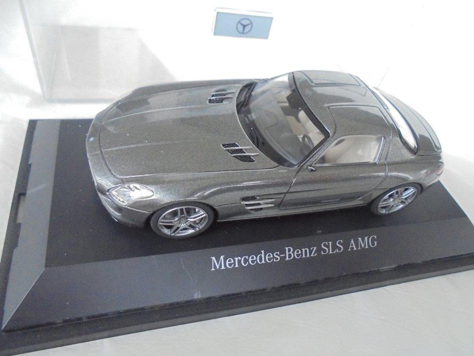 Schuco model miniature car MERCEDES SLS AMG Coupe in metal Original