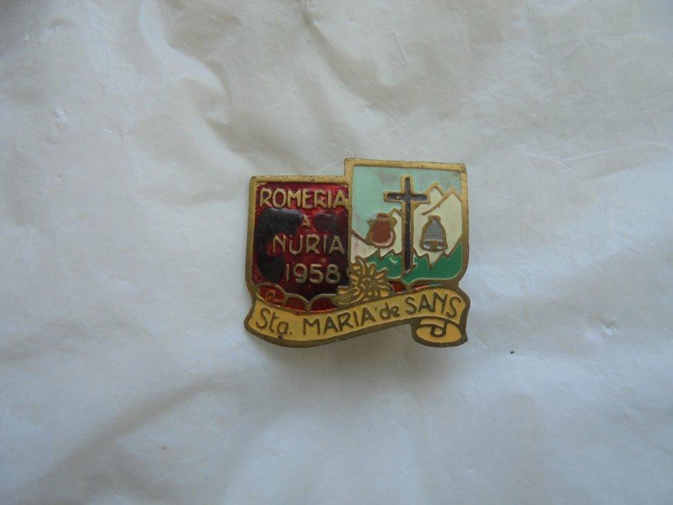 PIN brooch in metal lacque of Virgin Mary de Sans Llano Spain  pilgrimage 1959