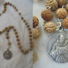 Praying rosary necklace of Saint Francis of Assisi and Saint Clara Original with beads in wood