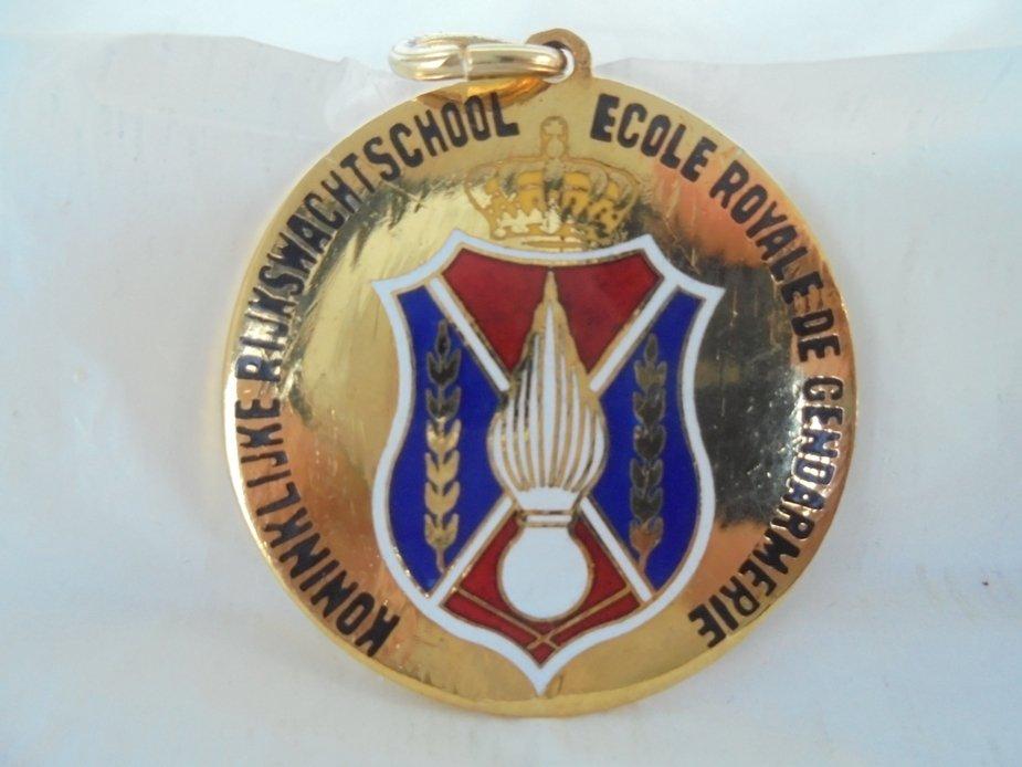 Medal ECOLE ROYALE de GENDARMERIE Bruxelles Belgium Original