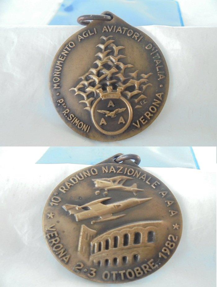 Bronze medal for the Italian National Aeronautical Aviators meeting Verona Italy 1982