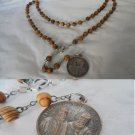 Praying rosary Blessed Caravario and Versiglia beads in wood Original 1980s