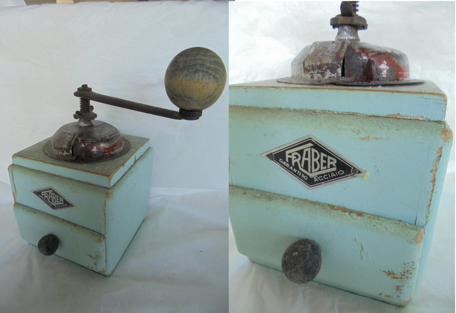 FRABER COFFEE GRINDER in wood and metal Original from Italy 1950s Working