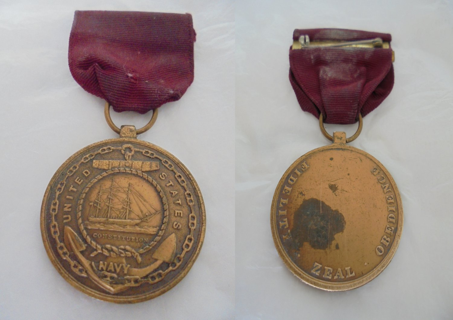 Bronze MEDAL UNITES STATES Navy Constitution Military 1970s