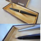 PARKER 45 fountain pen in black color steel and gold In gift box Original