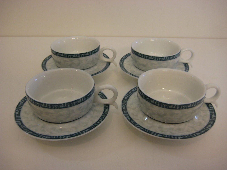 Set of 4 Chinese �� Small Porcelain teacup & Saucer Set, Beautiful Pieces