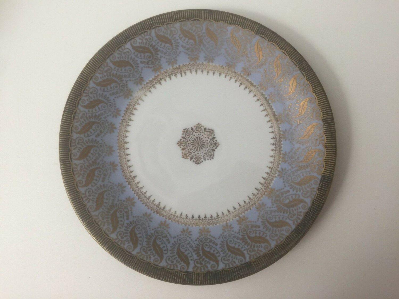"Vintage Bareuther Waldsassen Bavaria Germany Gold Trim Plate, 7 5/8"" Diameter"