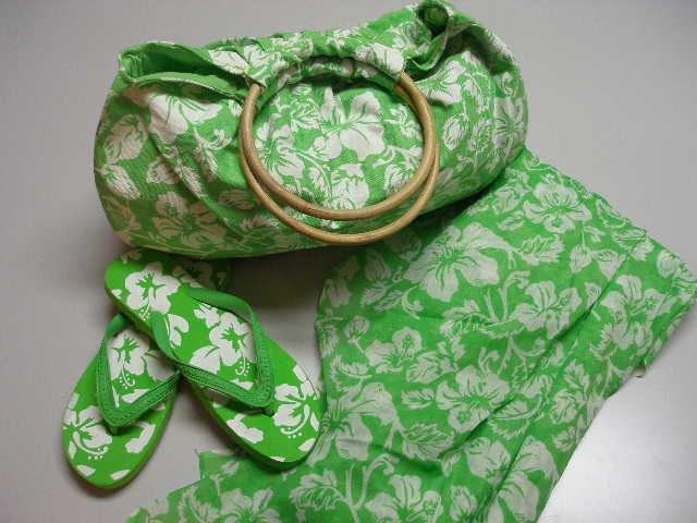 Beach Set Large Bag Sarong Flip Flops 3 Pieces Green White Print