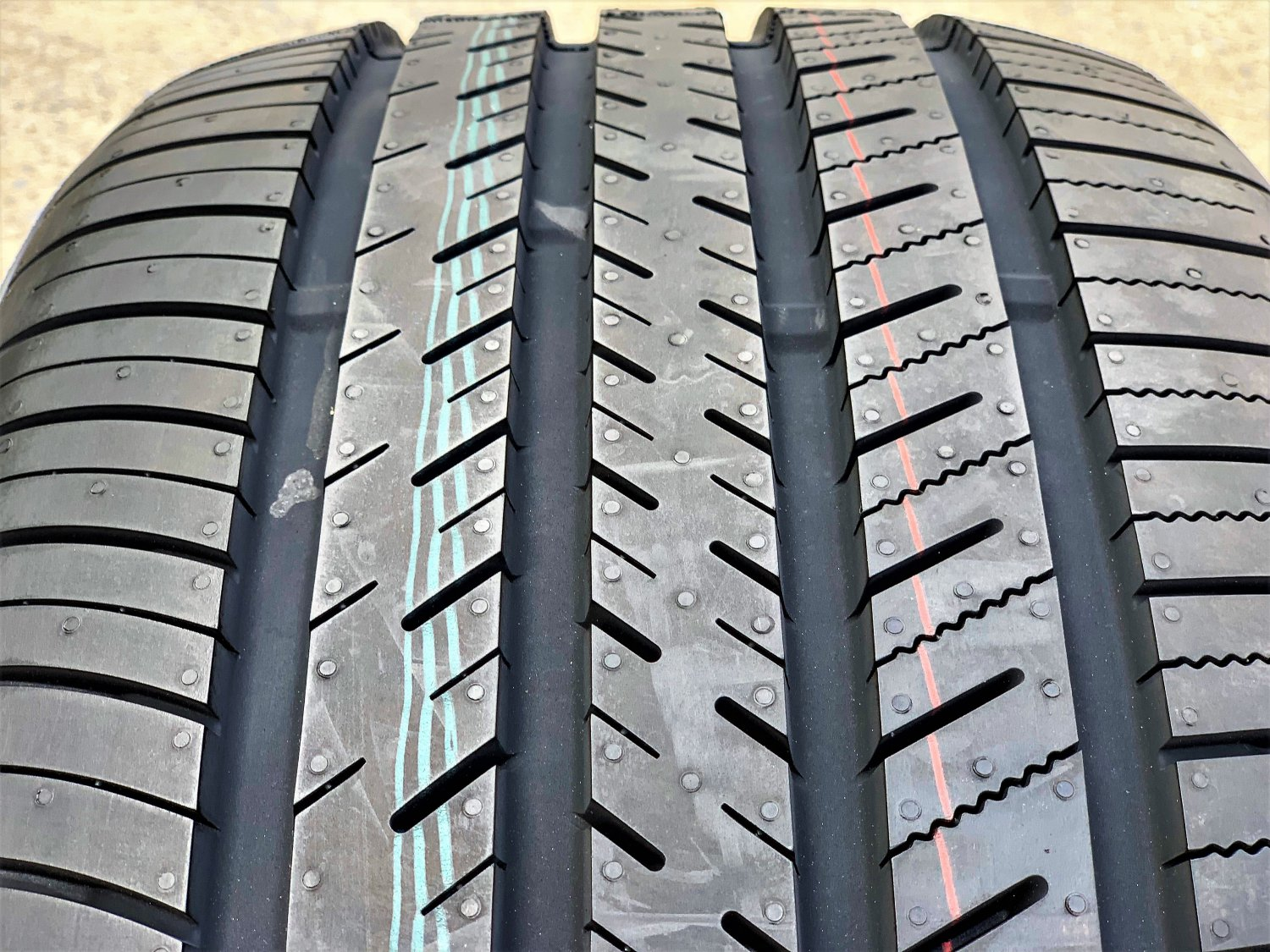 Atlas Tire Force UHP 275/25R24 96W XL A/S Performance