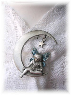 NEW ANGEL SUPER PRETTY JJ pewter pin jewelry