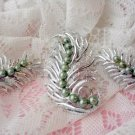 Vintage sarah coventry Feather Fantasy set demi earring pin