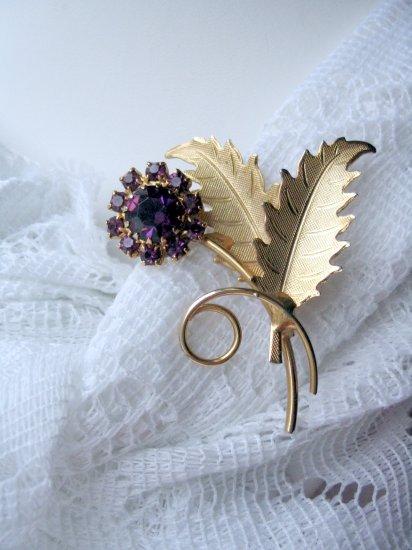 vintage jewelry purple rhinestone pin