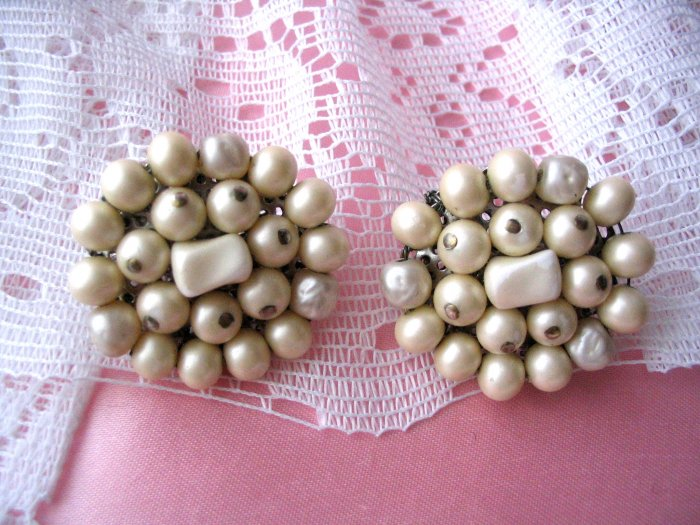 Japan beaded earrings vintage jewelry creamy white