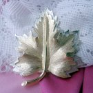 Sarah Coventry Nature's Choice Maple Leaf Pin
