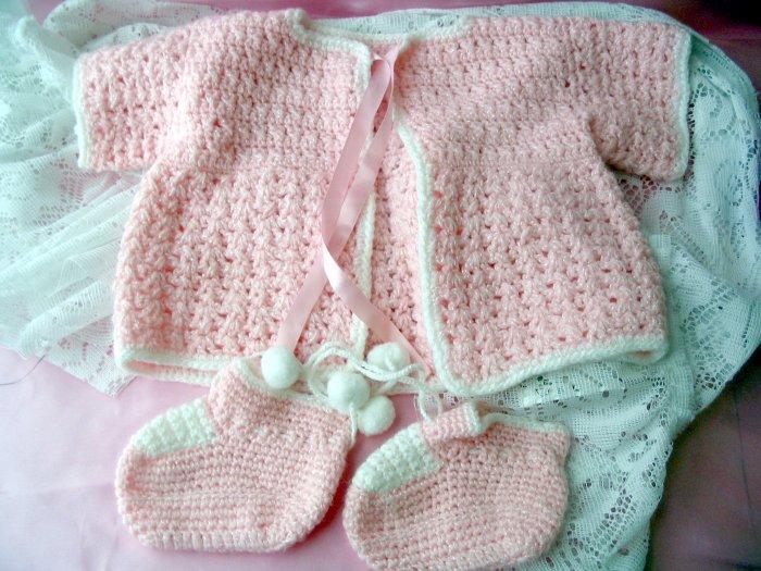 Handmade Crocheted Pink Sweater & Booties 0-3 layette