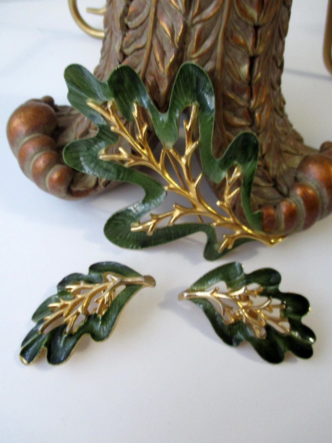 Sarah Coventry Signed Pin Clip Earring demi parure Enchanted Forest