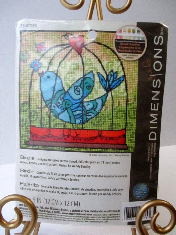 Dimensions Needlepoint Kit New Birdie Bird