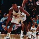JOHN WALLACE 8X10 PHOTO TORONTO RAPTORS BASKETBALL NBA DEFENSE