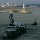 USS INTREPID 8X10 PHOTO NAVY US USA MILITARY AIRCRAFT CARRIER STATUE OF LIBERTY