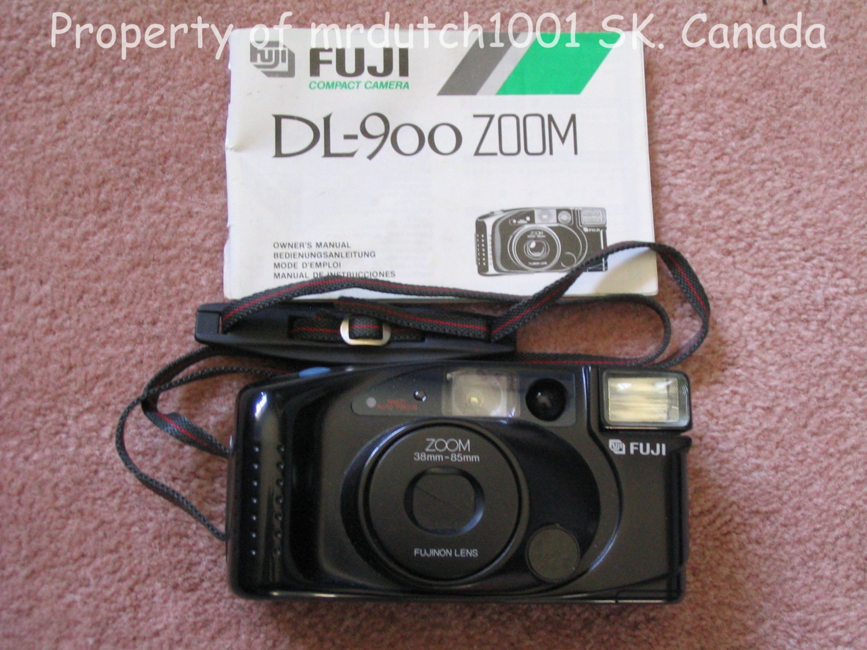 Fuji Compact 35 mm Camera DL - 900 Zoom