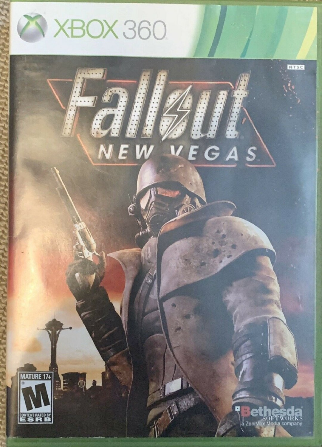 Fallout: New Vegas (Xbox 360) LIKE NEW with BOOKLET and SLIP CASE