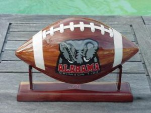 ALABAMA FOOTBALL (WOODEN)