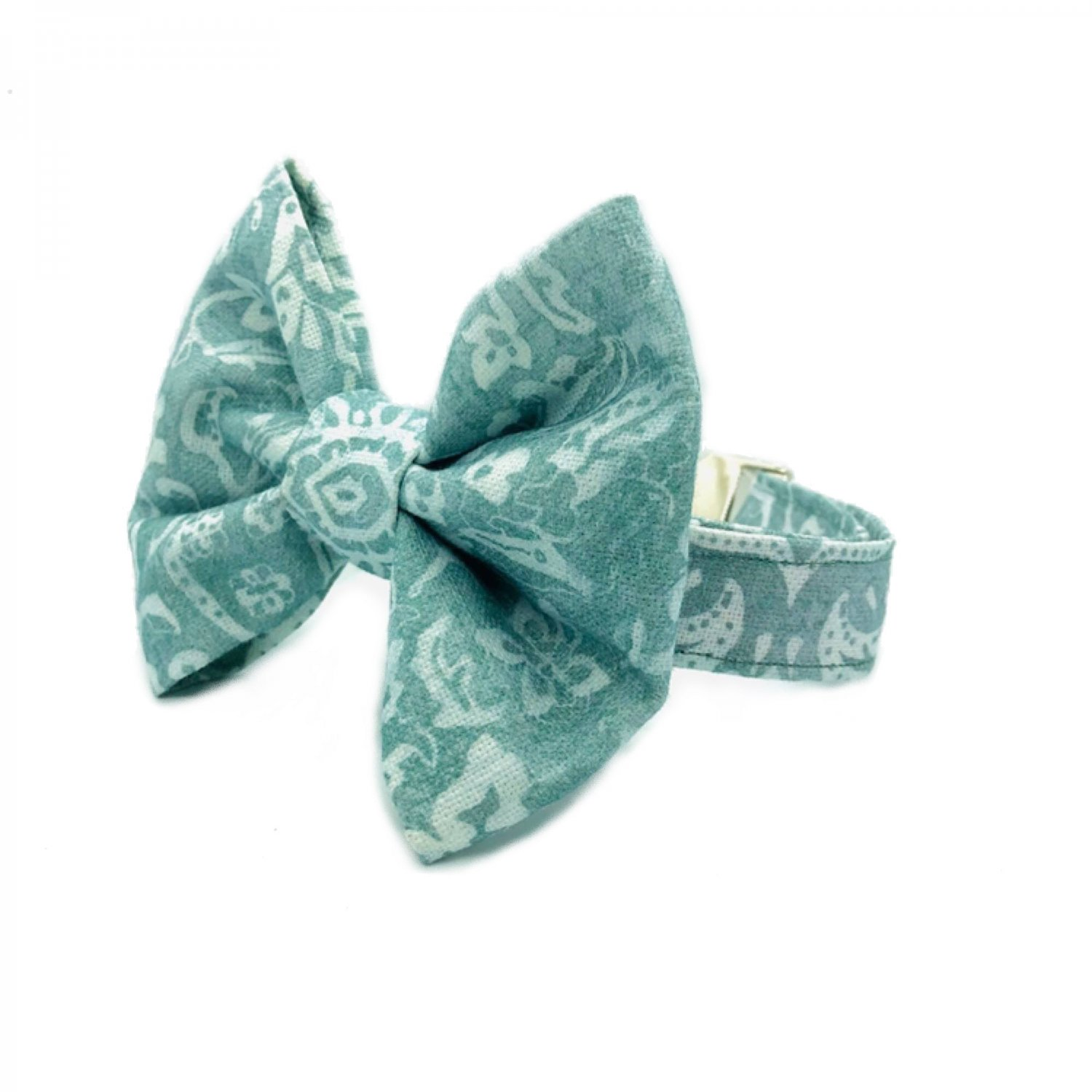 Off Green Bow Tie Collar