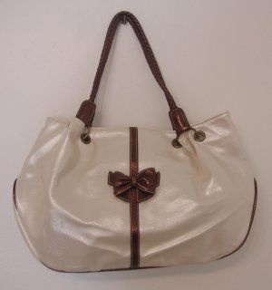 Ladies Handbag (Price quoted in Malaysia Ringgit & US Dollars)