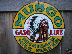 MUSGO GASOLINE PORCELAIN SIGN METAL GAS STATION SIGNS M