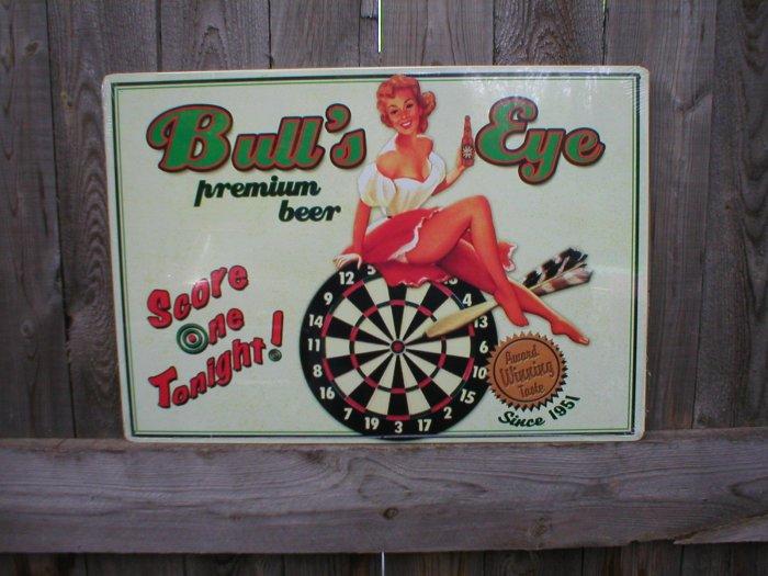 BULL'S EYE PREMIUM BEER TIN SIGN METAL ADV SIGNS B