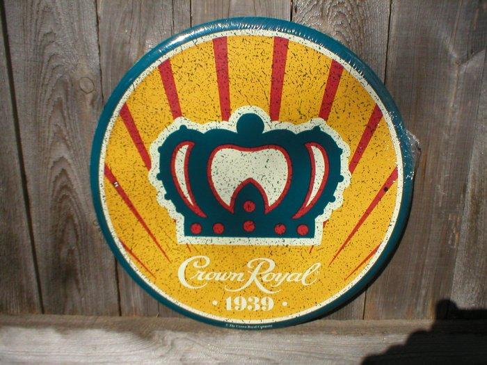 CROWN ROYAL 1939 ROUND SIGN METAL ADV SIGNS C