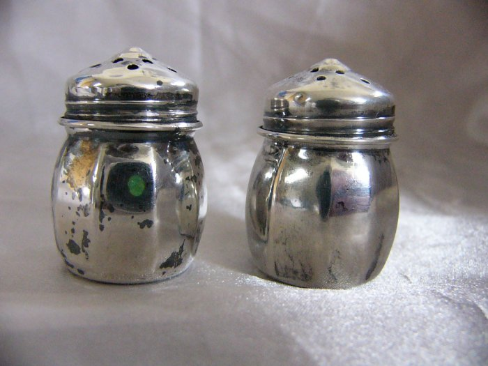 Sterling Salt Amp Pepper Shakers Personal Size 1 3 8 Inch
