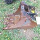 Terex 18 Inch Excavator Bucket