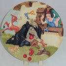 Disney Store Snow White Collector Plate Wicked Queen Apples Seven Dwarfs LE 5000