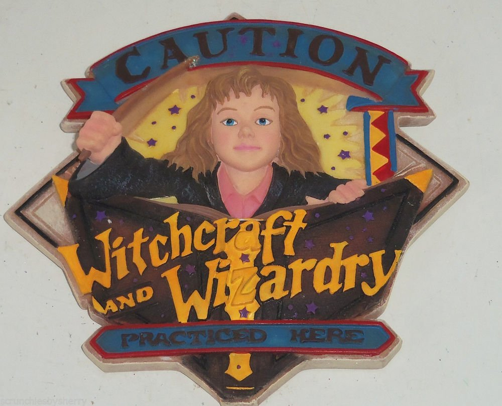 Harry Potter Her Mione Granger Wall Plaque Enesco Warner  Witchcraft Wizardry