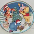 Disney Pooh Eeyore Tigger Piget Collector Plate Christmas Sparkle Bradford