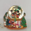 1995 Disney Store Christmas House Mickey Minnie Mouse Musical Snowglobe Vintage