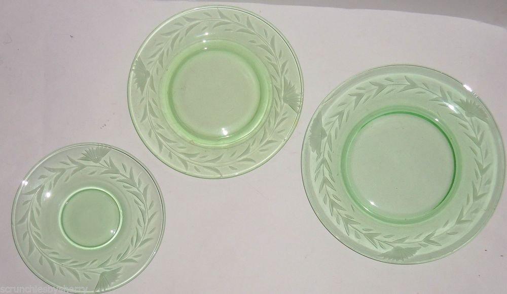 11 Green Vaseline Uranium Floral Etched Depression Vintage Salad Dessert Saucer