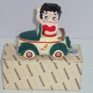 Betty Boop Salt  & Pepper Shakers Sittting Car Box