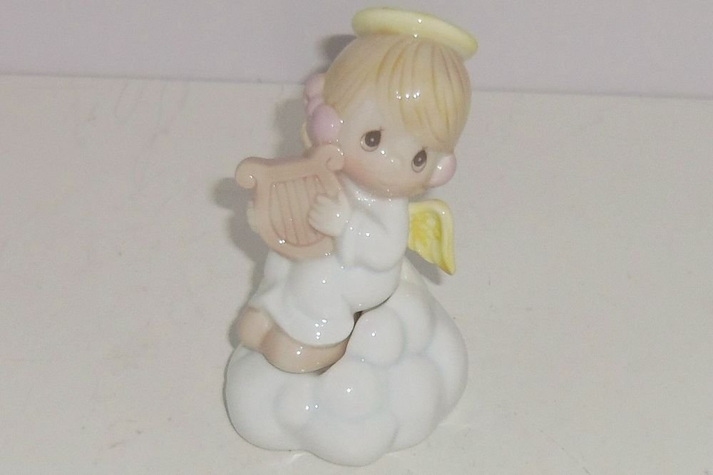 Precious Moments Salt Pepper Shakers Angel Sitting Cloud 1995 Retired New